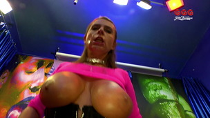 Sexy Susi - Tits On Sperm Hunt With Sexy Susi small screenshot