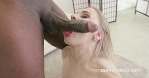 Welcome in Porn with BBC and DAP. Emily Ross first time on stage. DP /DAP /ROUGH ORAL GIO253 small screenshot