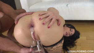 Pissing drinking Luna Oara first DAP with creampie, swallow and gapes GIO014 small screenshot