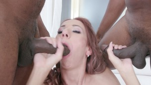 Paris Devine gets fucked by 3 BBC IV530 small screenshot
