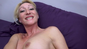 FRENCH MILF Bethie Lova IN AMATEUR SEXTAPE 100% ANAL - EXTREME ANAL SPECULUM - ANAL FISTING - BIG GAPE FARTS - RA023 small screenshot