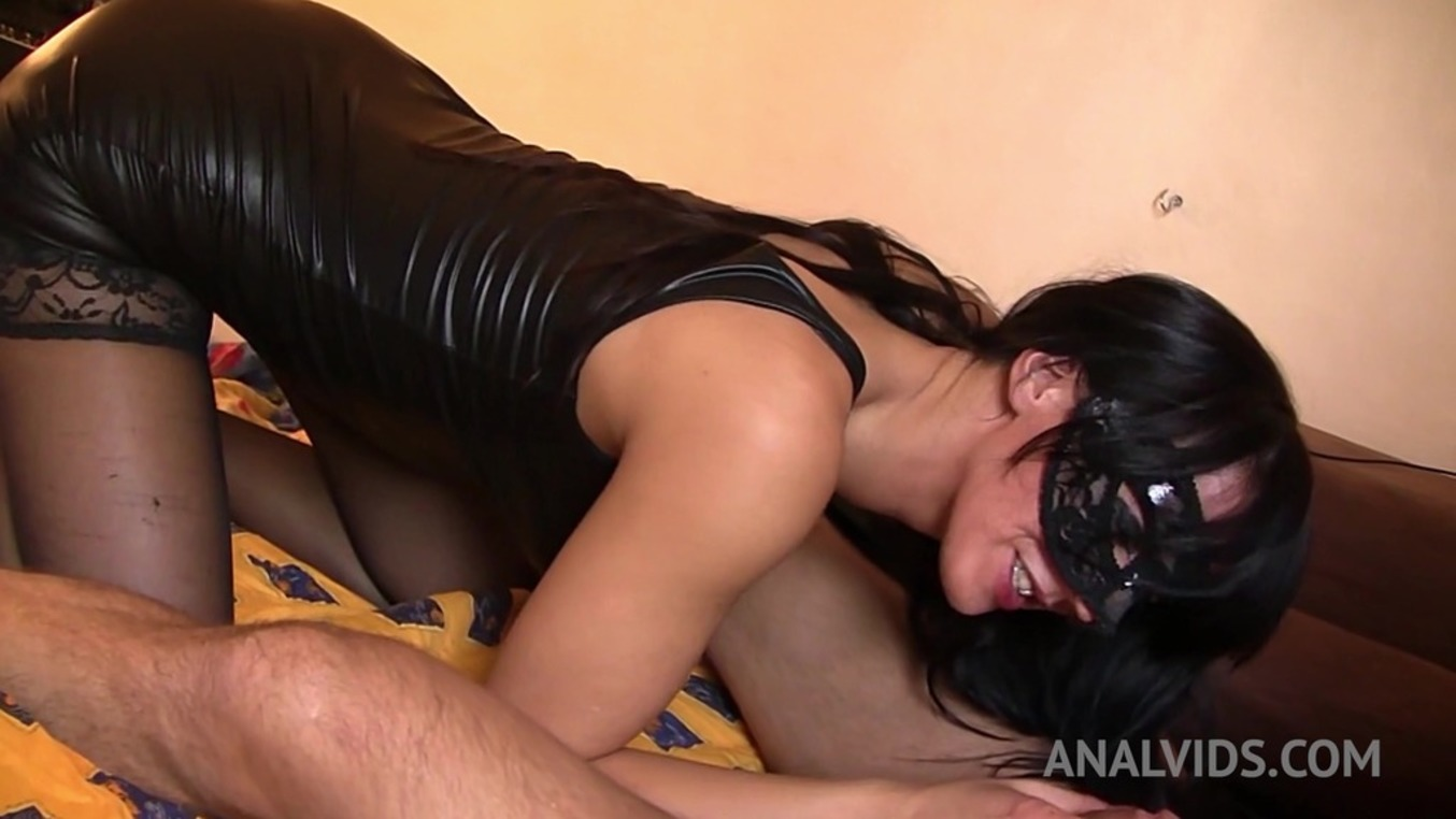 LegalPorno - Outside the Studio - Close up anal fucking and creampie with Queen Eugenia OTS078