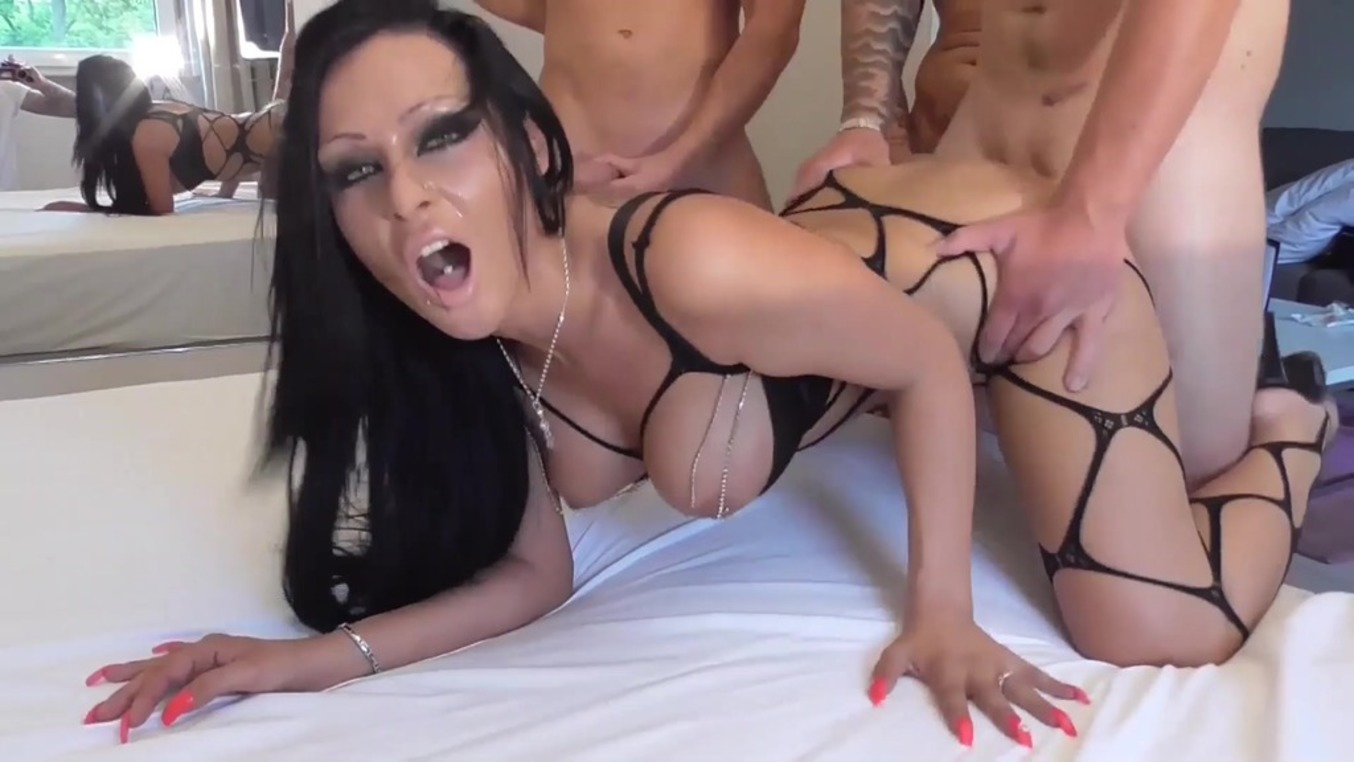 LegalPorno - Outside the Studio - German milf Jacky Lawless assbanged with DP & DAP OTS107